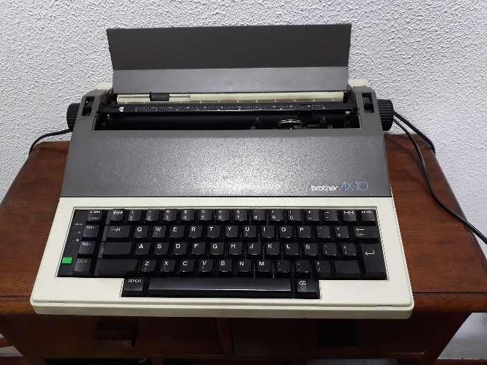Imagen Máquina de escribir Brother AX10