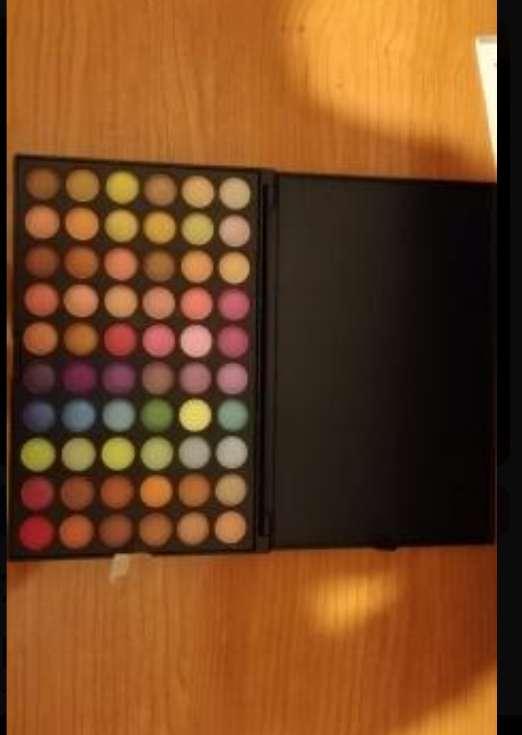 Imagen paleta de sombras de 120 colores