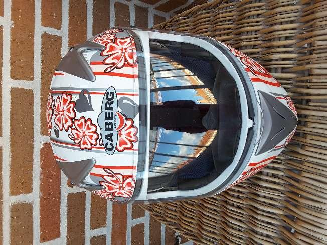 Imagen Casco de moto Caberg