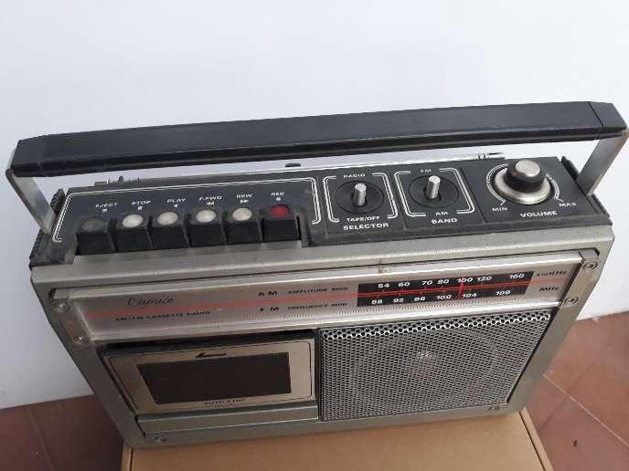 Imagen producto Radio Caprice antigua 2