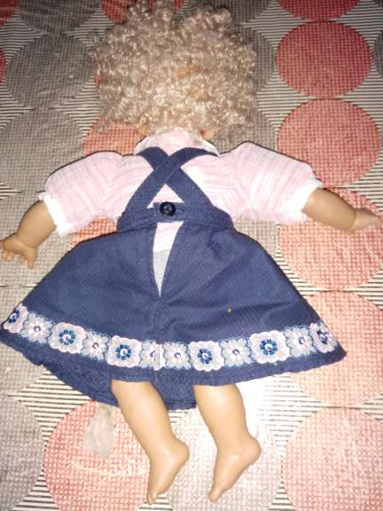 Imagen producto Muñeca artesana antigua 3