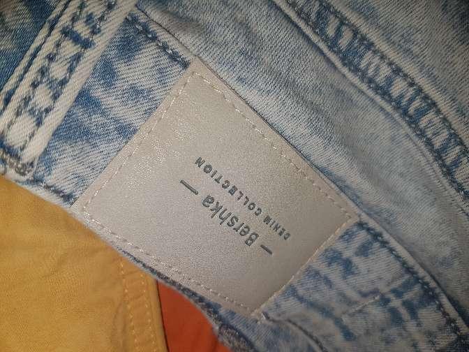 Imagen producto Pantalon bershka talla 34 es las tico un poco grande 3