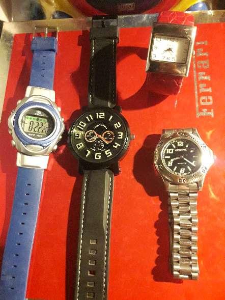 Imagen producto 4 Relojes de para Colleccionista todos con pilas nuevas 1