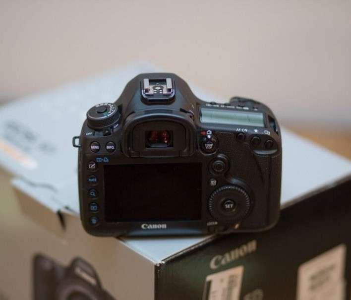 Imagen producto Canon EOS mark III 2