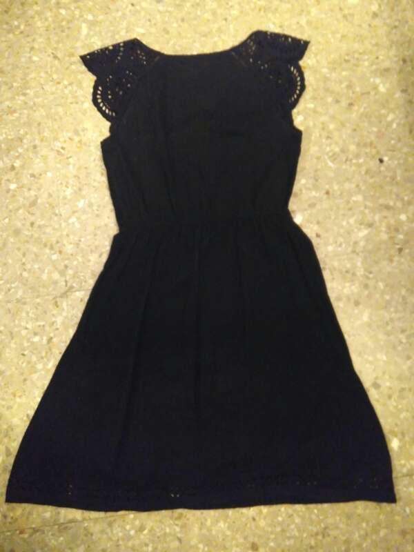 Imagen Vestido negro de Oysho