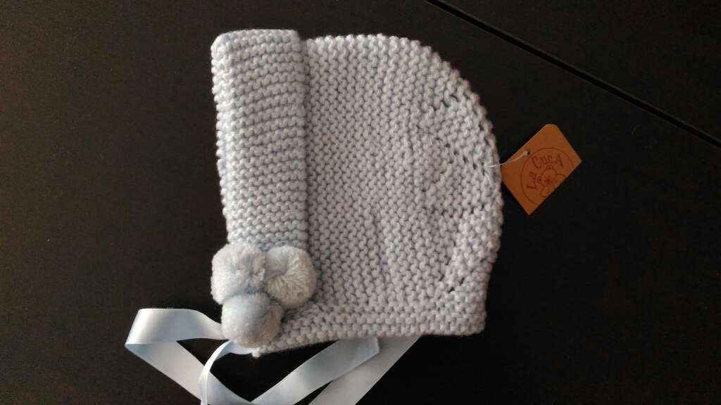 Imagen Capota 100% lana nueva con etiqueta