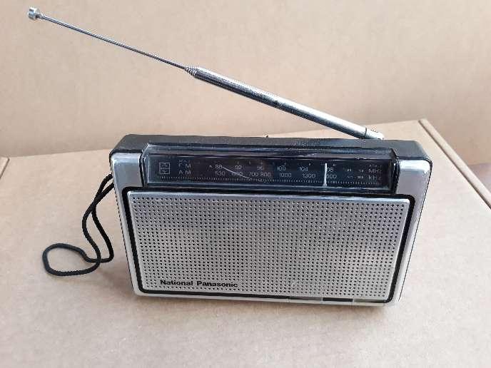 Imagen producto Lote 2 radios antiguas National Panasonic  3