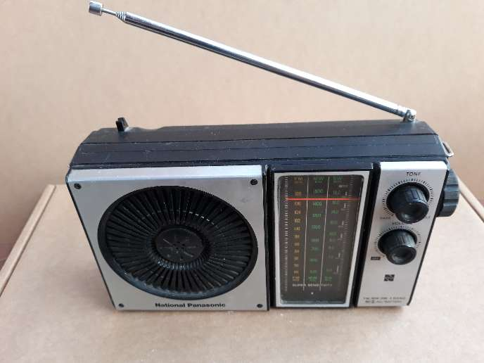 Imagen producto Lote 2 radios antiguas National Panasonic  2