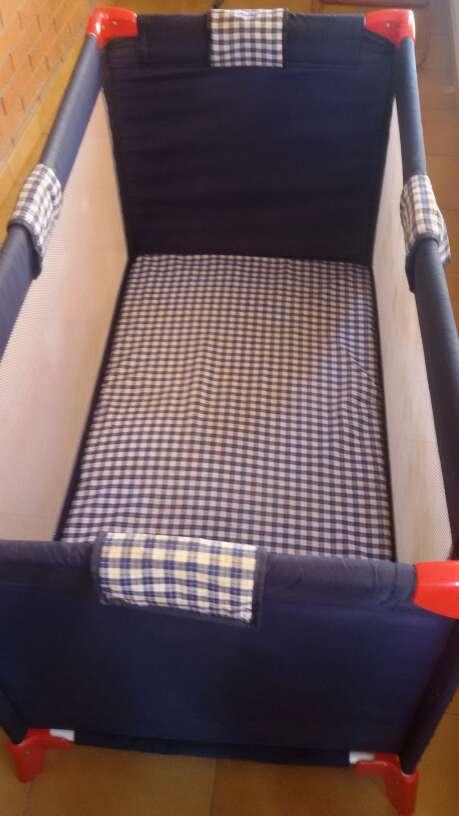 Imagen Cuna parque con colchón plegable y funda