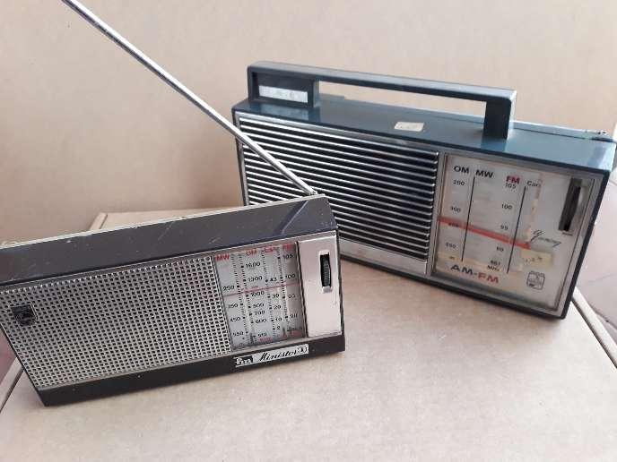 Imagen Lote de 2 radios antiguas