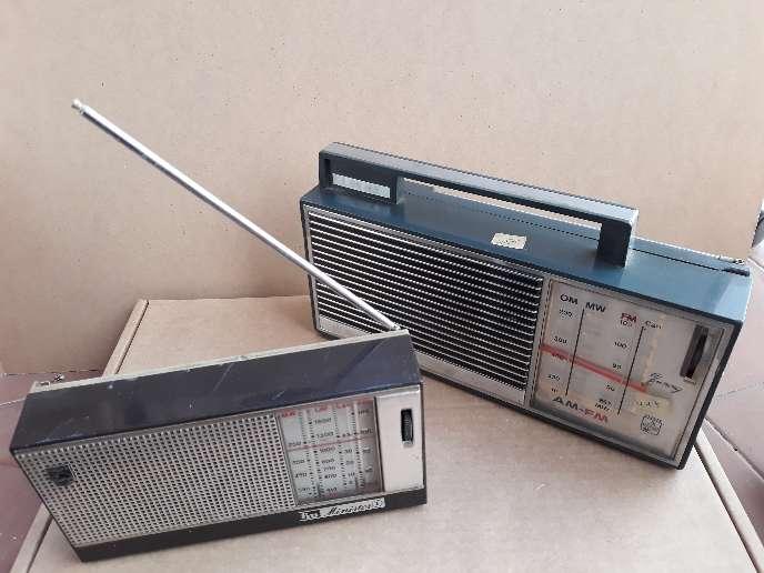 Imagen producto Lote de 2 radios antiguas  2