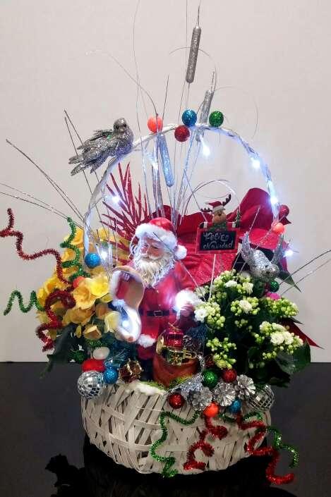 Imagen Cesta navideña plantas naturales