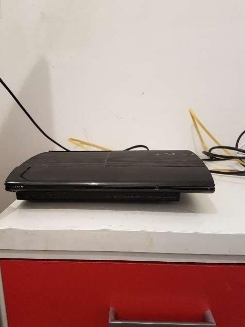 Imagen producto PS3 Super Slim 500 GB 31 juegos 1