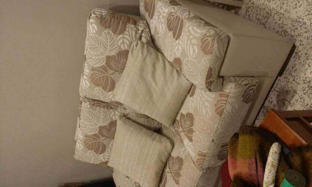 Imagen sofa de dis plazas