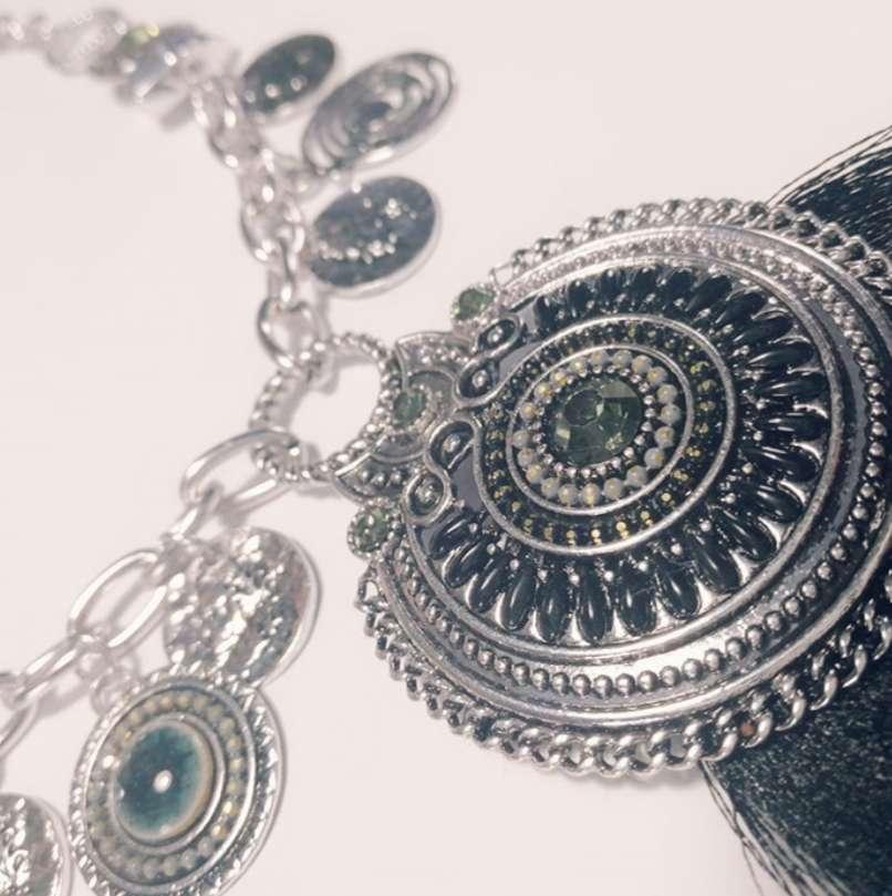 Imagen producto Precioso collar 2