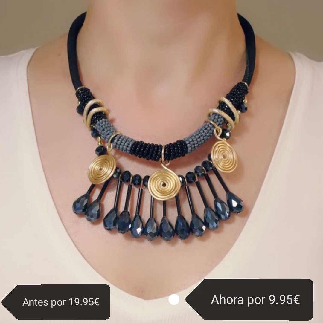 Imagen Collar azul