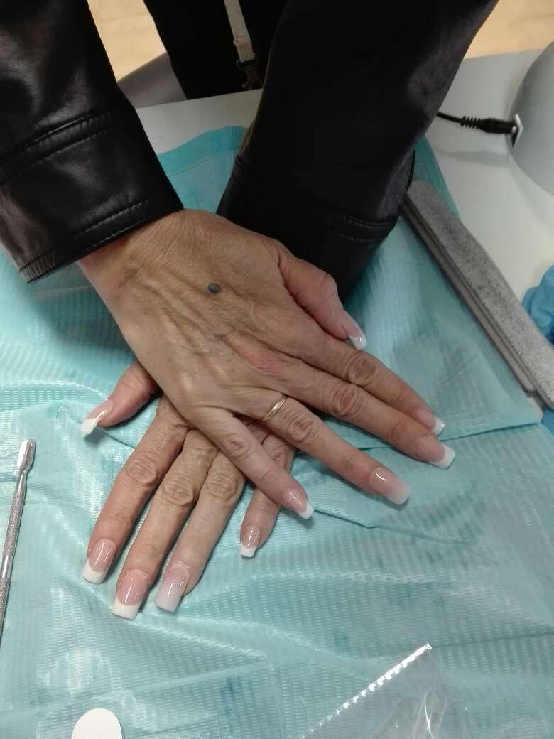 Imagen uñas acrilicas