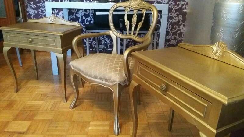 Imagen sillón Estilo Luis XV Completamente Restaurado en 80€. Mesitas de noche patas estilo Chipeendal pareja 80€.