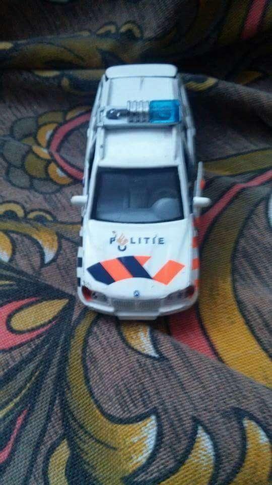 Imagen coche policía