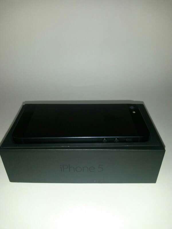 Imagen producto Iphone 5 black nueva 5