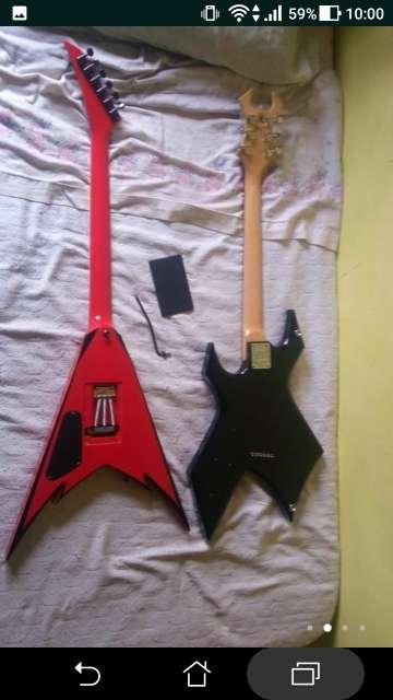 Imagen producto Lote de guitarras eléctricas 2