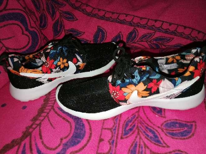Imagen producto Zapatillas 39 colores  2