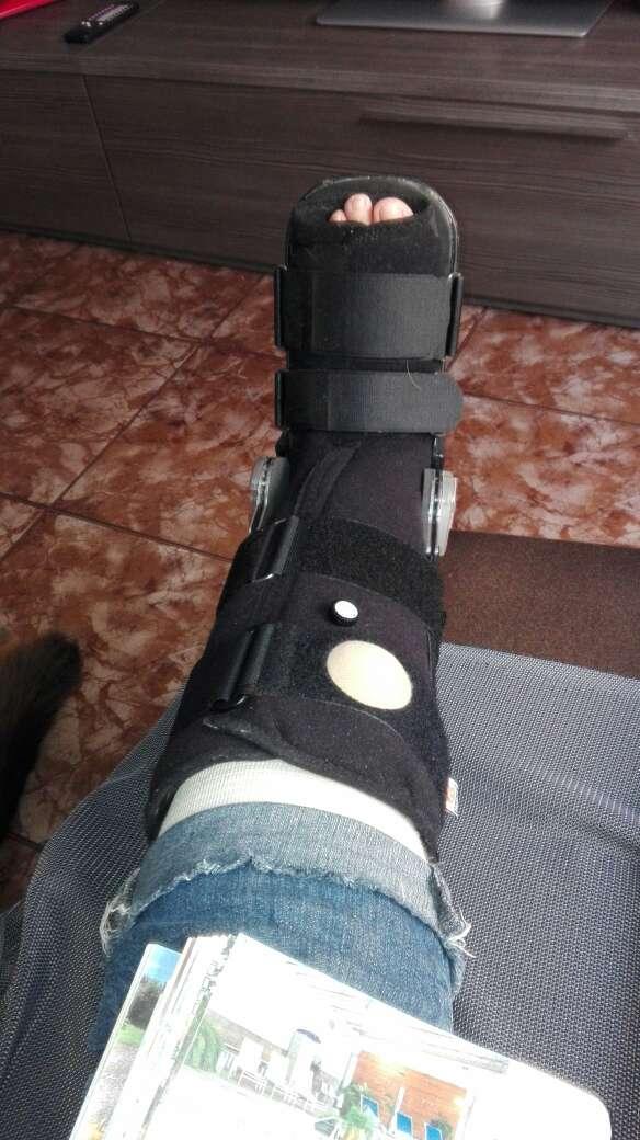 Imagen Bota ortopédica articulada