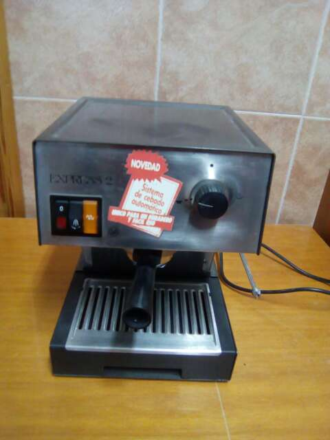 Imagen producto Cafetera express 2