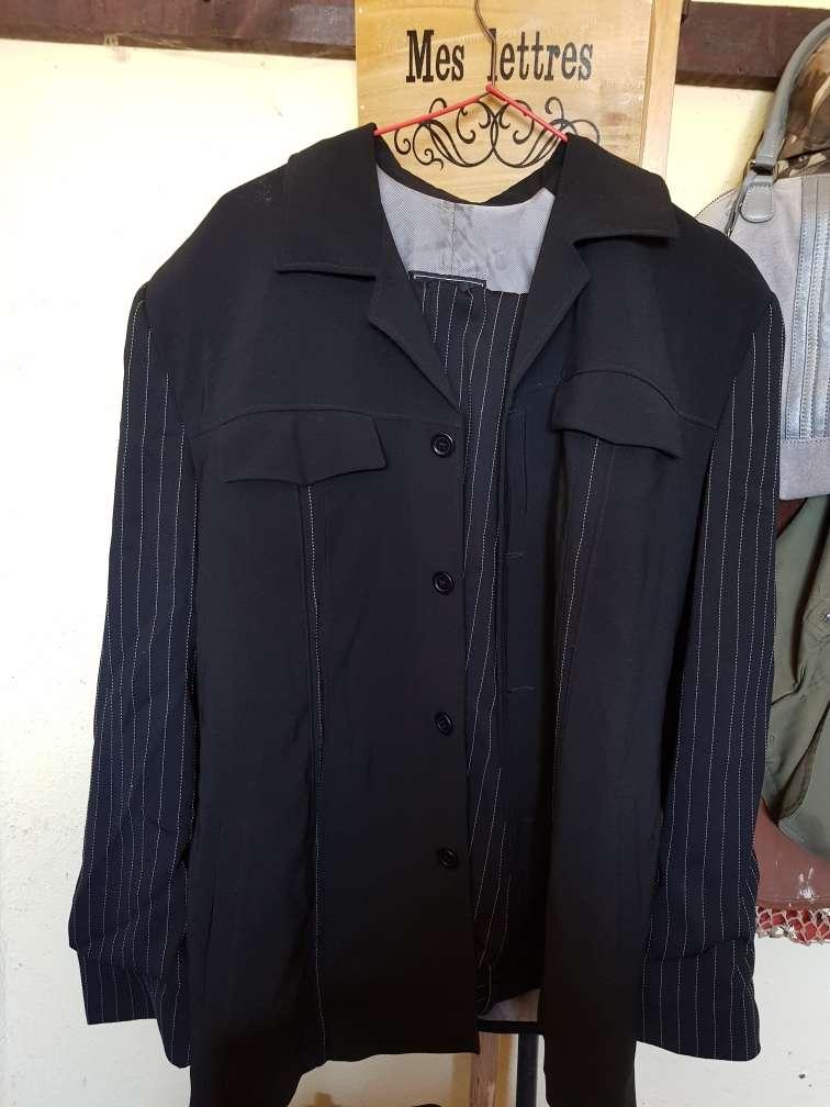 Imagen traje de hombre comprado en zalata