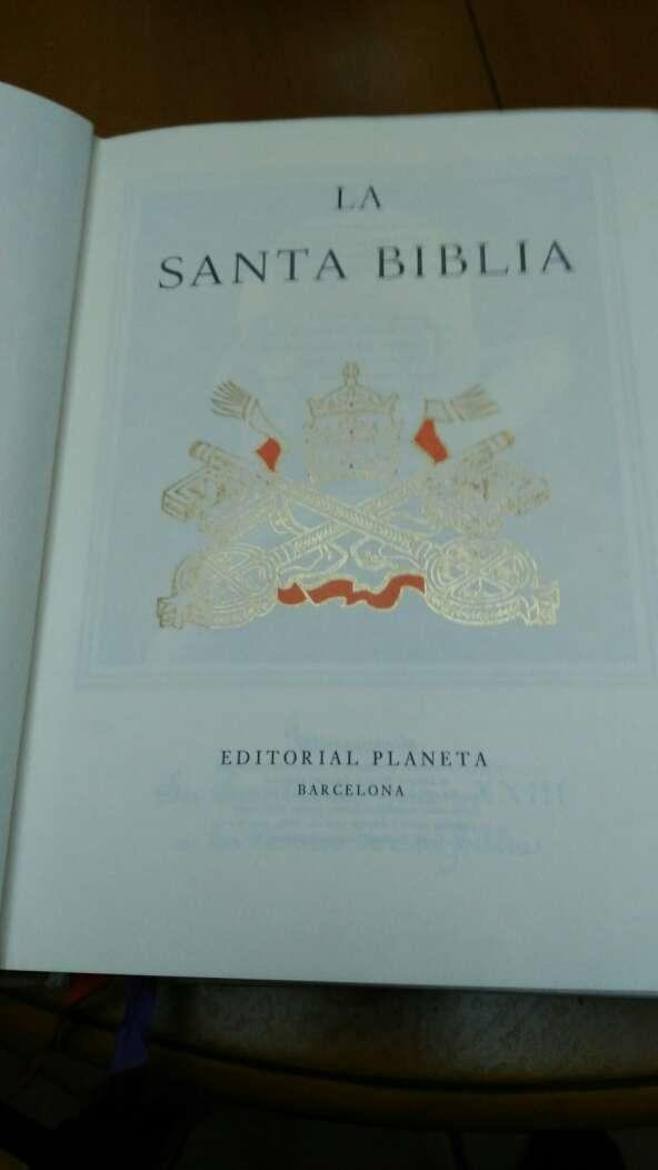 Imagen producto Biblia blanca pocas series 4