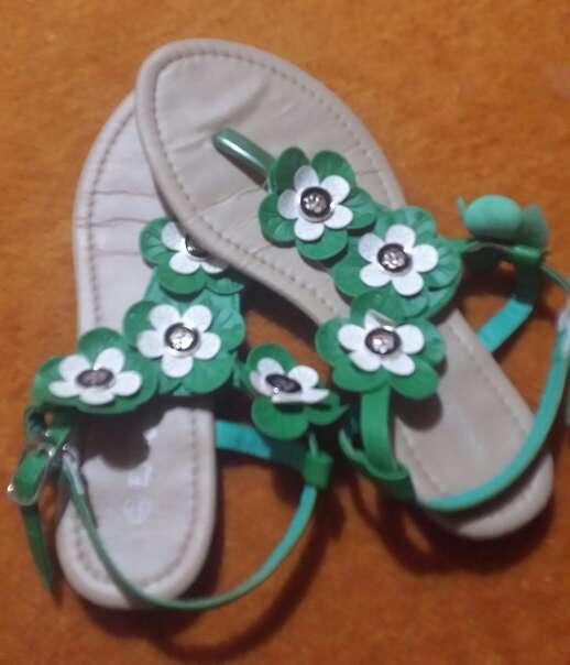 Imagen producto Sandalias/chanclas de flores 2