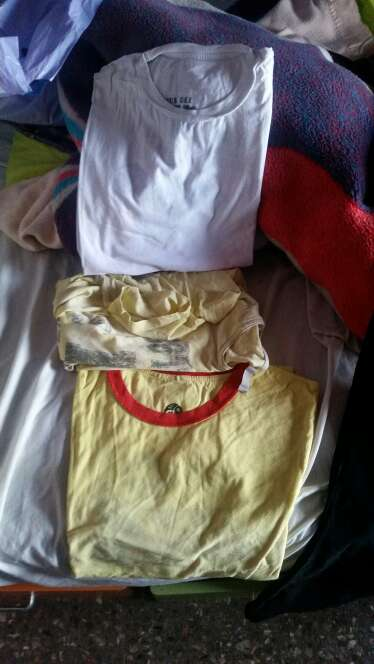 Imagen 3 camisetas talla L