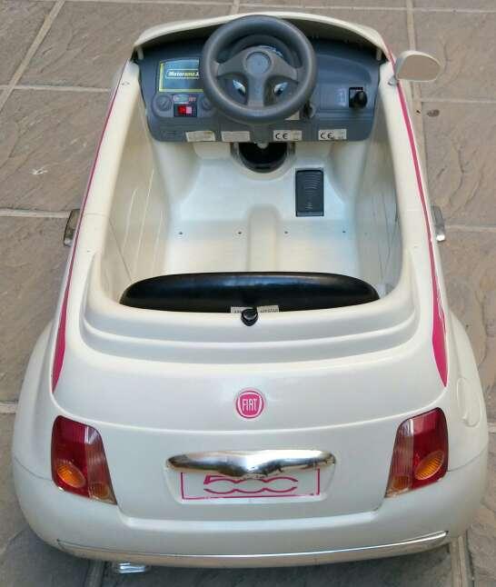 Imagen producto Coche Batería Fíat 500 3