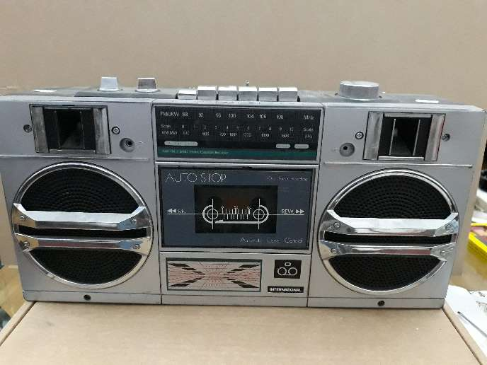 Imagen Radio-cassette International 8701B