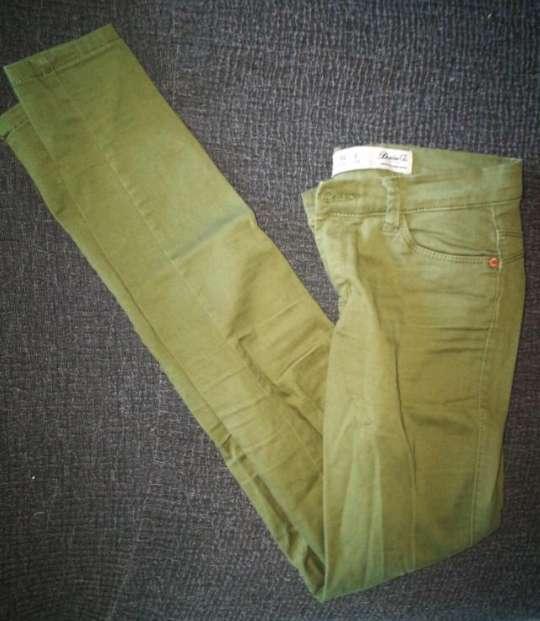 Imagen producto Pantalones verde y negro 2