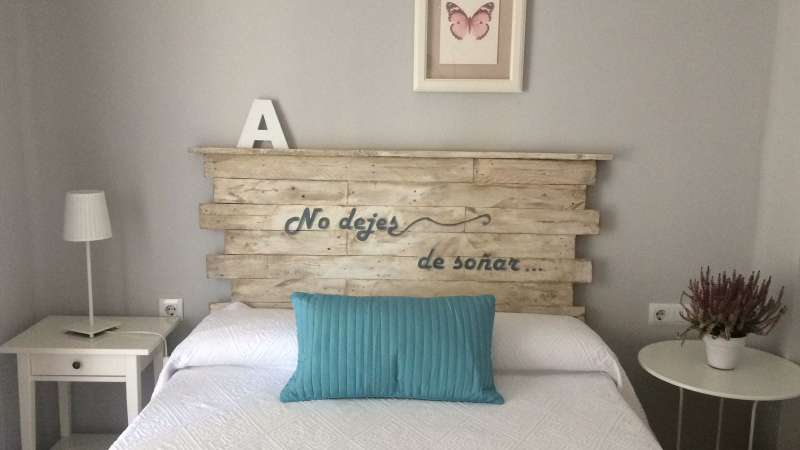Imagen producto Todo tipo de muebles de palet madera y decoración  8