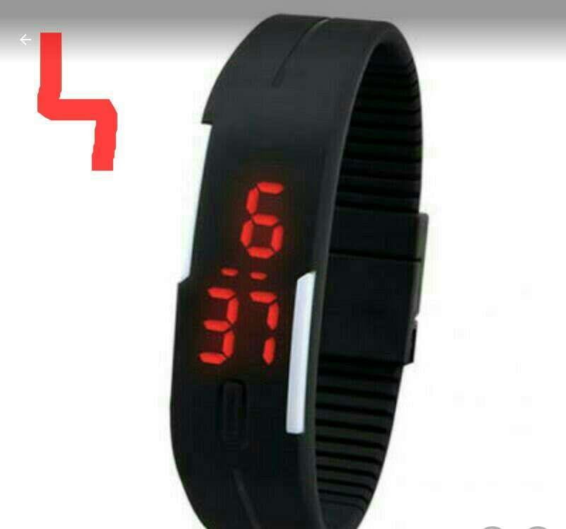 Imagen reloj de diseño deportivo digital