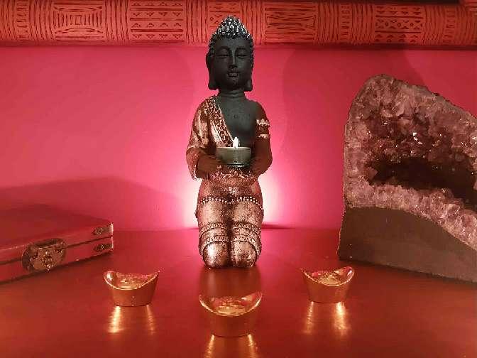 Imagen Buda Portavelas Plateado 28 cm