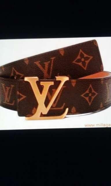 Imagen producto Cinturones distintas marcas 3