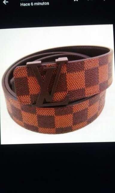 Imagen producto Cinturones distintas marcas 2