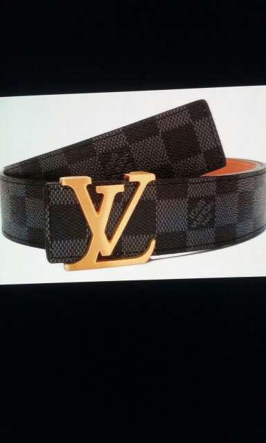 Imagen Cinturones distintas marcas
