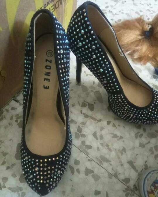 Imagen tacones zapatos