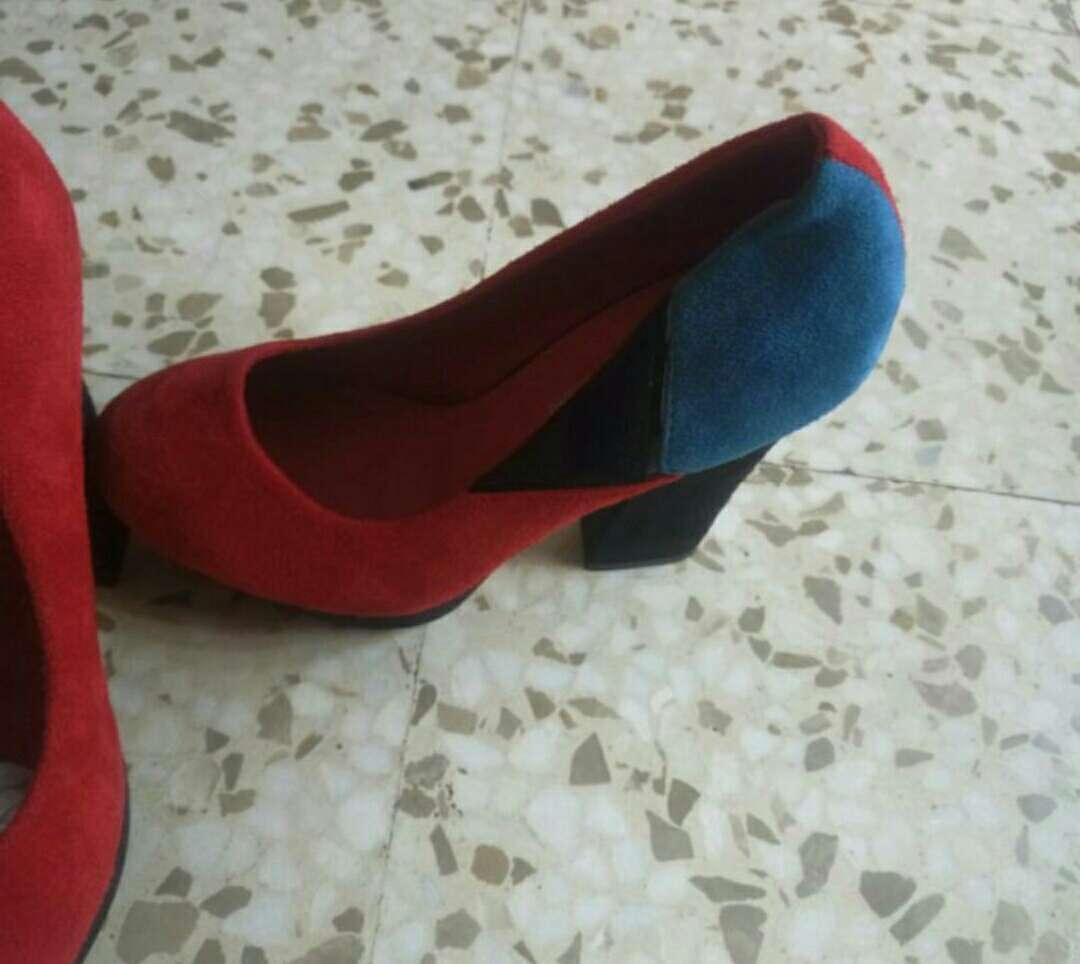 Imagen producto Zapatos raros 2