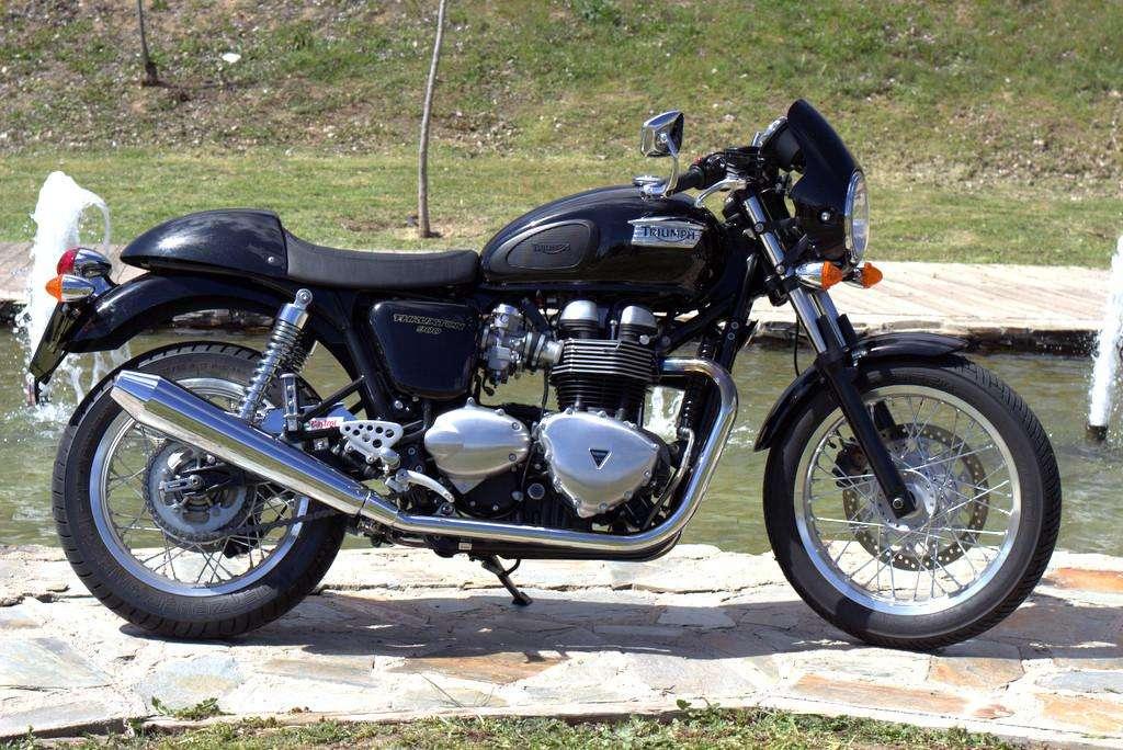 Imagen producto Triumph thruxton moto 4