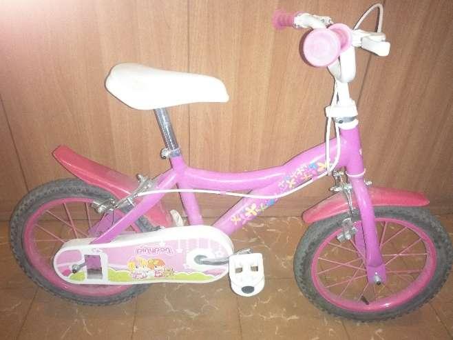 Imagen producto Bicicleta niña pinypon 4