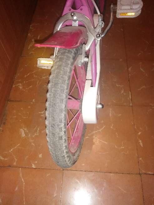 Imagen producto Bicicleta niña pinypon 2
