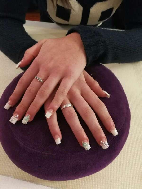 Imagen producto Hago uñas acrilicas 6