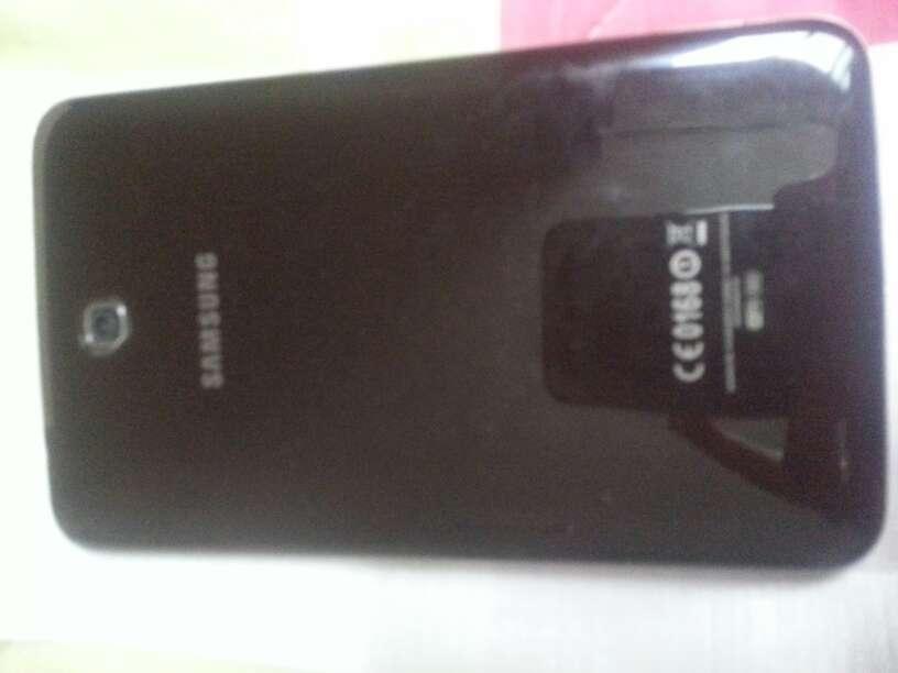 Imagen producto Samsung tab3 210 2
