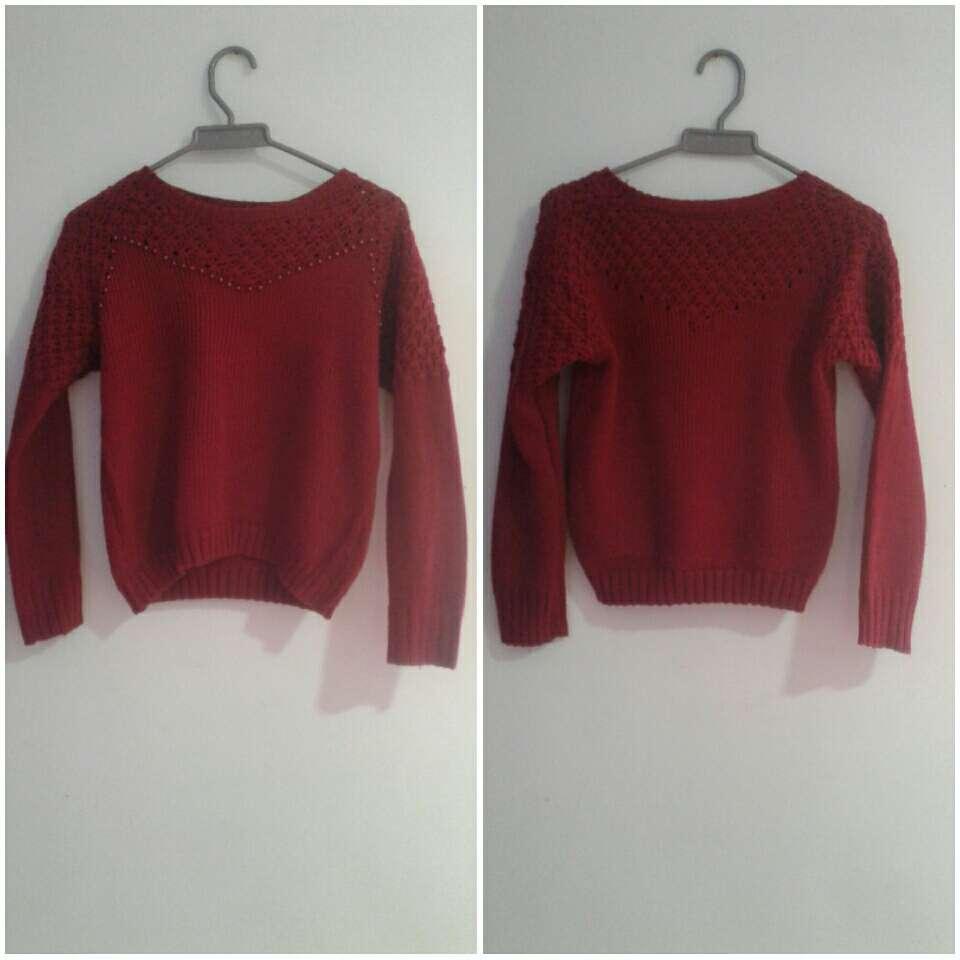 Imagen saco de lana rojo