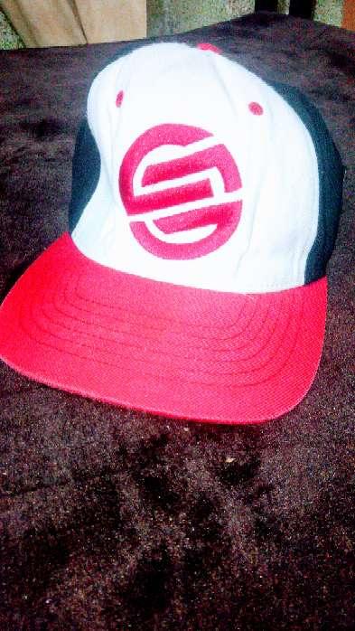 Imagen gorra marca Santa Cruz